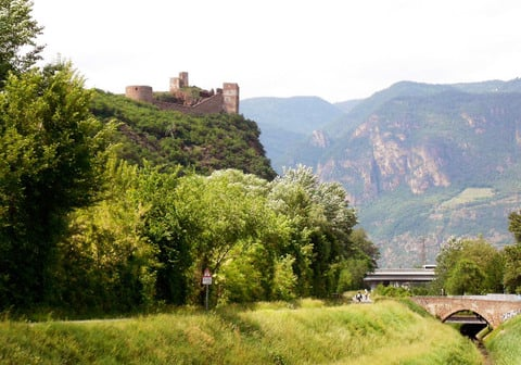 Enjoy biking on the Via Claudia Augusta from May, 22nd to 24th, 2015